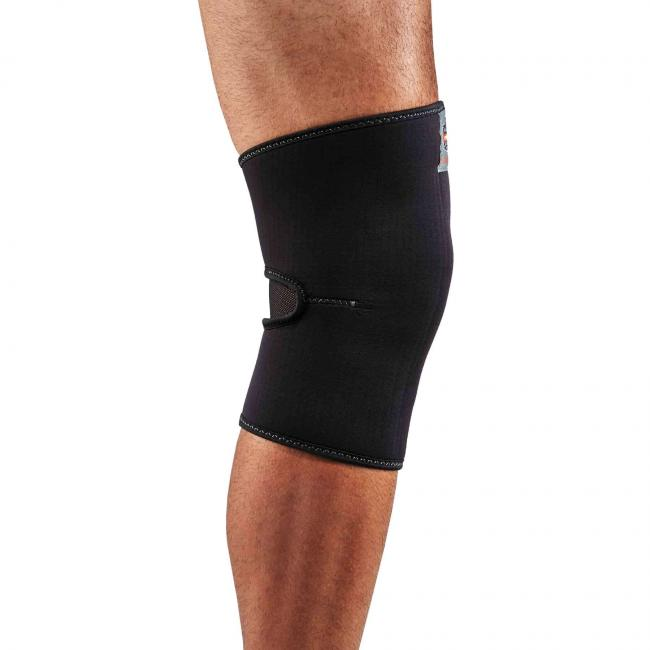 600 S Black Single Layer Neoprene Knee Sleeve image 2