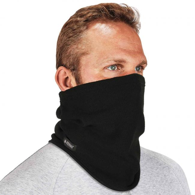 6960 fleece neck gaiter on model