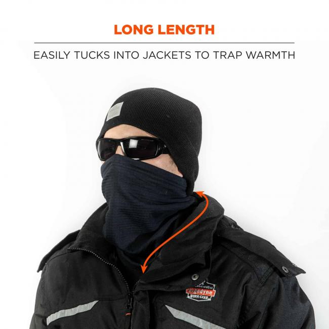 Long length: Easily tucks into jackets to trap warmth.